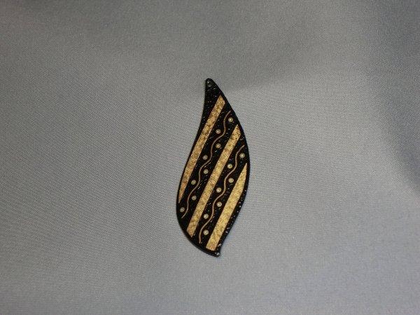 ペンダント 蔓(茄子型)