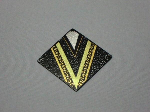 ペンダント V字幾何学模様(正方形菱)