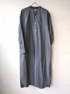 <img class='new_mark_img1' src='https://img.shop-pro.jp/img/new/icons8.gif' style='border:none;display:inline;margin:0px;padding:0px;width:auto;' />LENO <br>BAND COLLAR PULLOVER DRESS