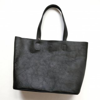 <img class='new_mark_img1' src='https://img.shop-pro.jp/img/new/icons8.gif' style='border:none;display:inline;margin:0px;padding:0px;width:auto;' />SLOW <br>embossing leather<br>tote bag M