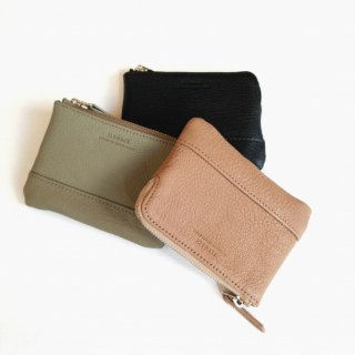 <img class='new_mark_img1' src='https://img.shop-pro.jp/img/new/icons8.gif' style='border:none;display:inline;margin:0px;padding:0px;width:auto;' />SLOW <br>goat leather<br>mini pouch wallet