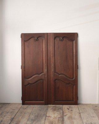 ダブルドア  Double Door