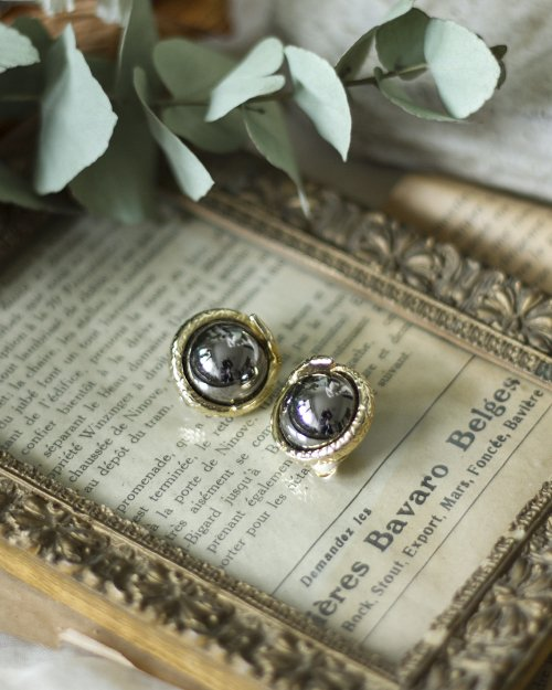 Button Earring