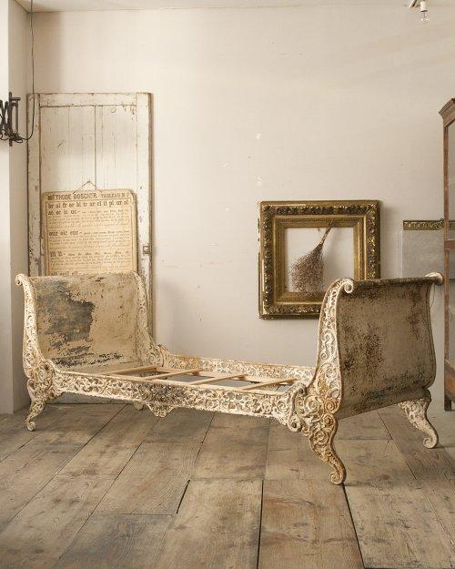 アイアンソファベッド  Iron Sofa Bed