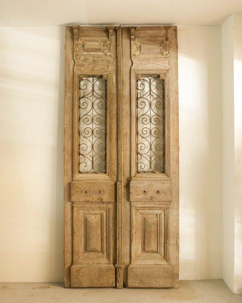 アイアンダブルドア  Iron Door