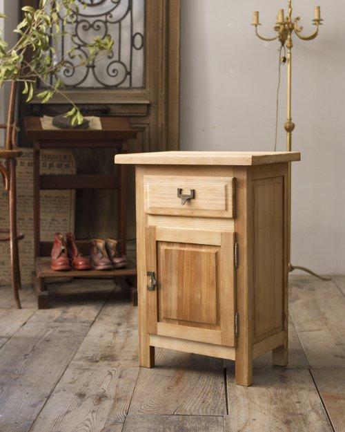 スモールキャビネット  Small Cabinet