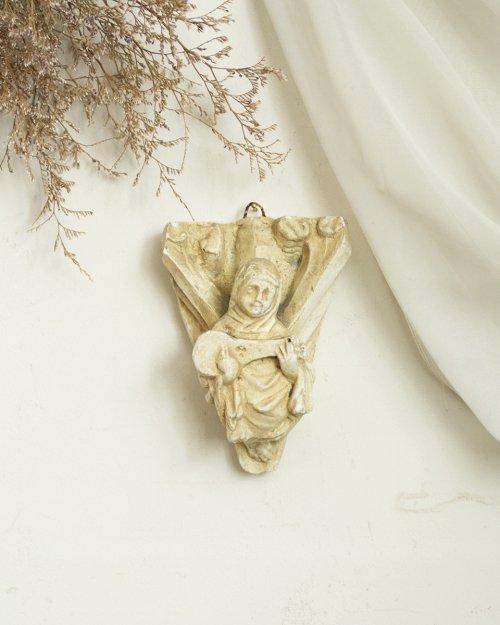 修道女の石像サンプラー  Stone Sampler