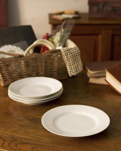 ラウンドプレート.b  Ceramic Round Plate