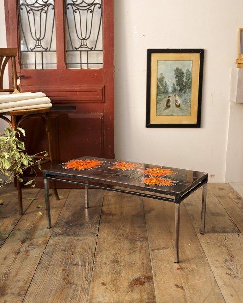 タイルトップ コーヒーテーブル  Tile Top Coffee Table