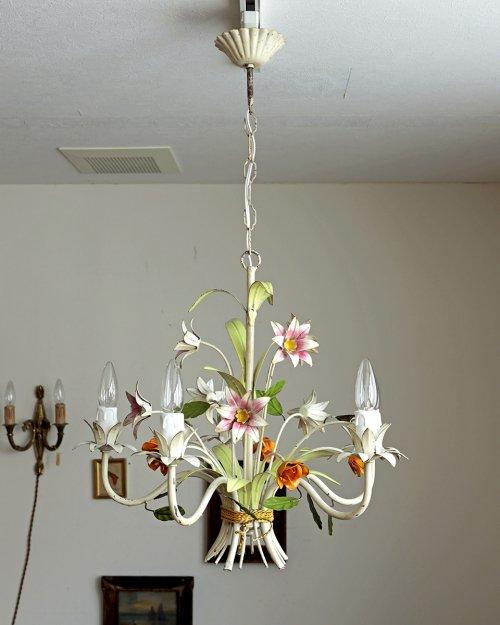 アイアン フラワーシャンデリア  Iron Flower Chandelier