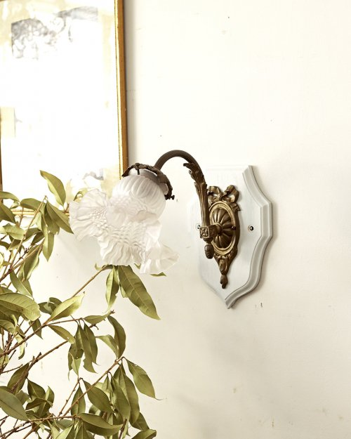 ガラスシェード ウォールランプ.f  Glass shade Wall Lamp