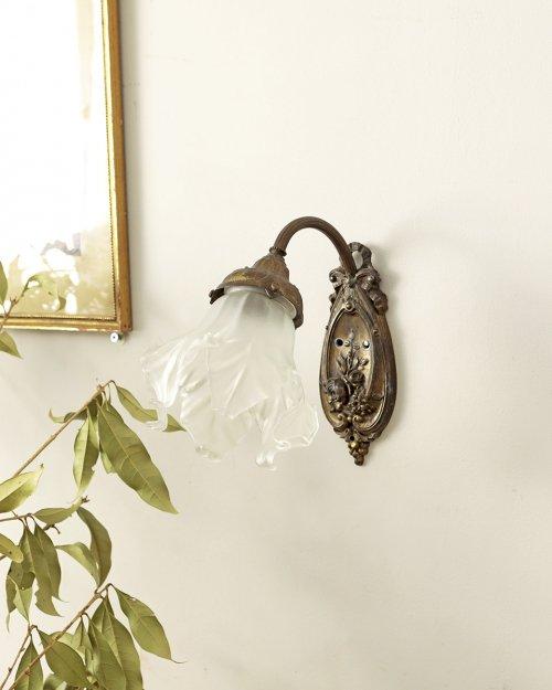 ガラスシェード ウォールランプ.g  Glass shade Wall Lamp