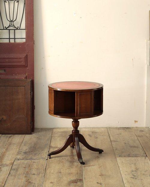 リボルビングテーブル  Revolving Table