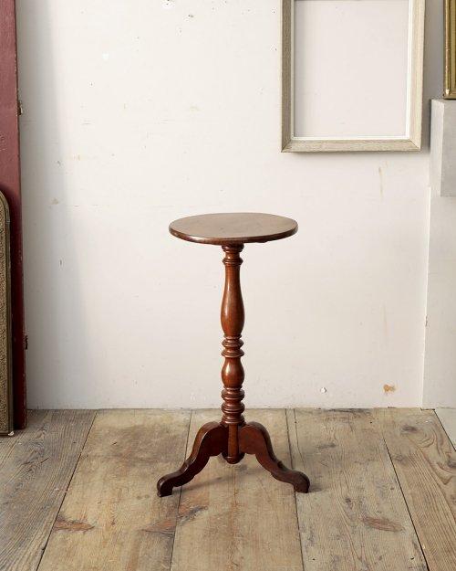 ワインテーブル.2  Wine Table.2