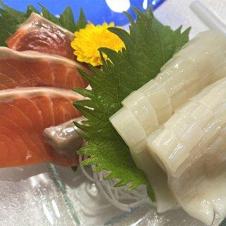 【お花見フェア】日本の極上刺し極 <福> (するめいか、サーモン) 30g×2 (各30gを1個ずつ)