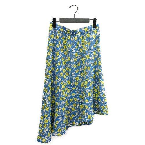 【SALE60%オフ】<br>NUMPH ニンフ<br>アシンメトリーフラワープリントスカート<br>デンマーク /メール便対応可能