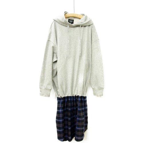 【再値下げ40%オフ★MORE SALE】VOY ヴォーイ<br>Layered hoodie<br>送料無料/Japan<br>