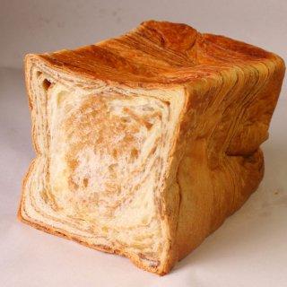 【上品な甘さと香りは相性抜群】メイズ デニッシュ メープル1.5斤(シロップがやみつきになるデニッシュ 食パン)