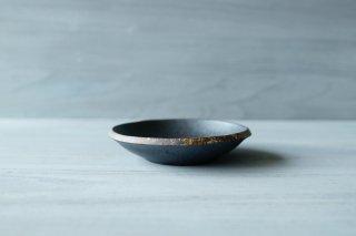 伊豆土 リム5寸厚浅鉢 (黒)