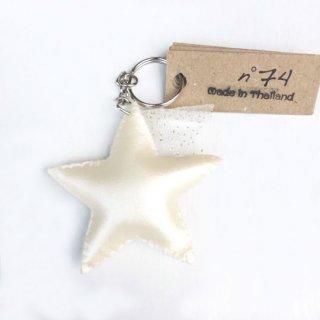 Numero74 / Iridescent Star Key Chain / White