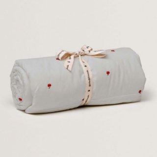 garbo&friends / Apple Filled Blanket