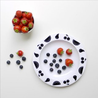 Buddy and Bear / Fruit Friends - Plastic Plate / Black