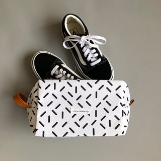 chocolatesoup / GEOMETRY SHOES CASE / stick