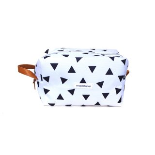 chocolatesoup / GEOMETRY SHOES CASE / triangle