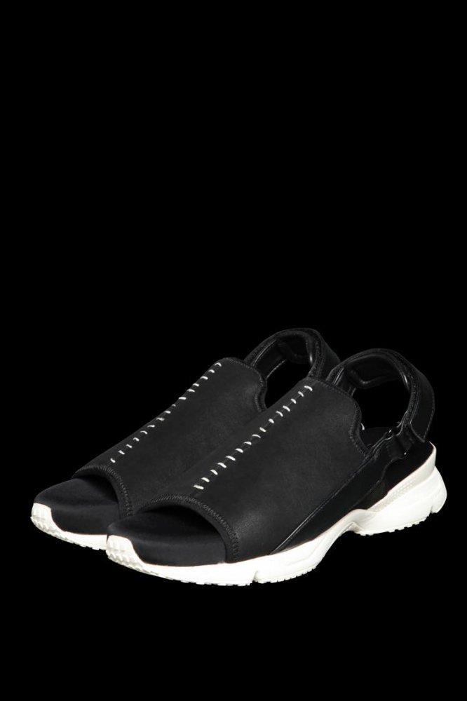 STRETCH NUBUCK SHEEP SNEAKER SANDALS