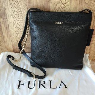 フルラ ショルダーバッグ FURLA Julia Chain スモール ブラック