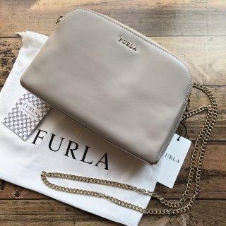 FURLA フルラ CAPRICCIO XL クロスボディ グレー