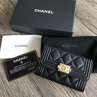 CHANEL BOY CHANEL キャビアスキン カードケース