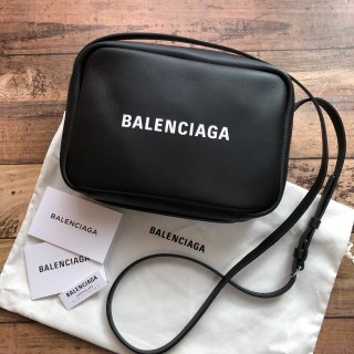 バレンシアガ エブリデイ カメラ バッグ S ブラック
