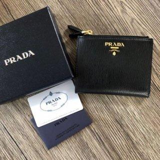 新品 プラダ サフィアーノ ダブルジップ 折り財布