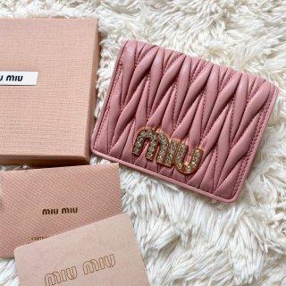 新品 ミュウミュウ miumiu ビジュー 二つ折り財布