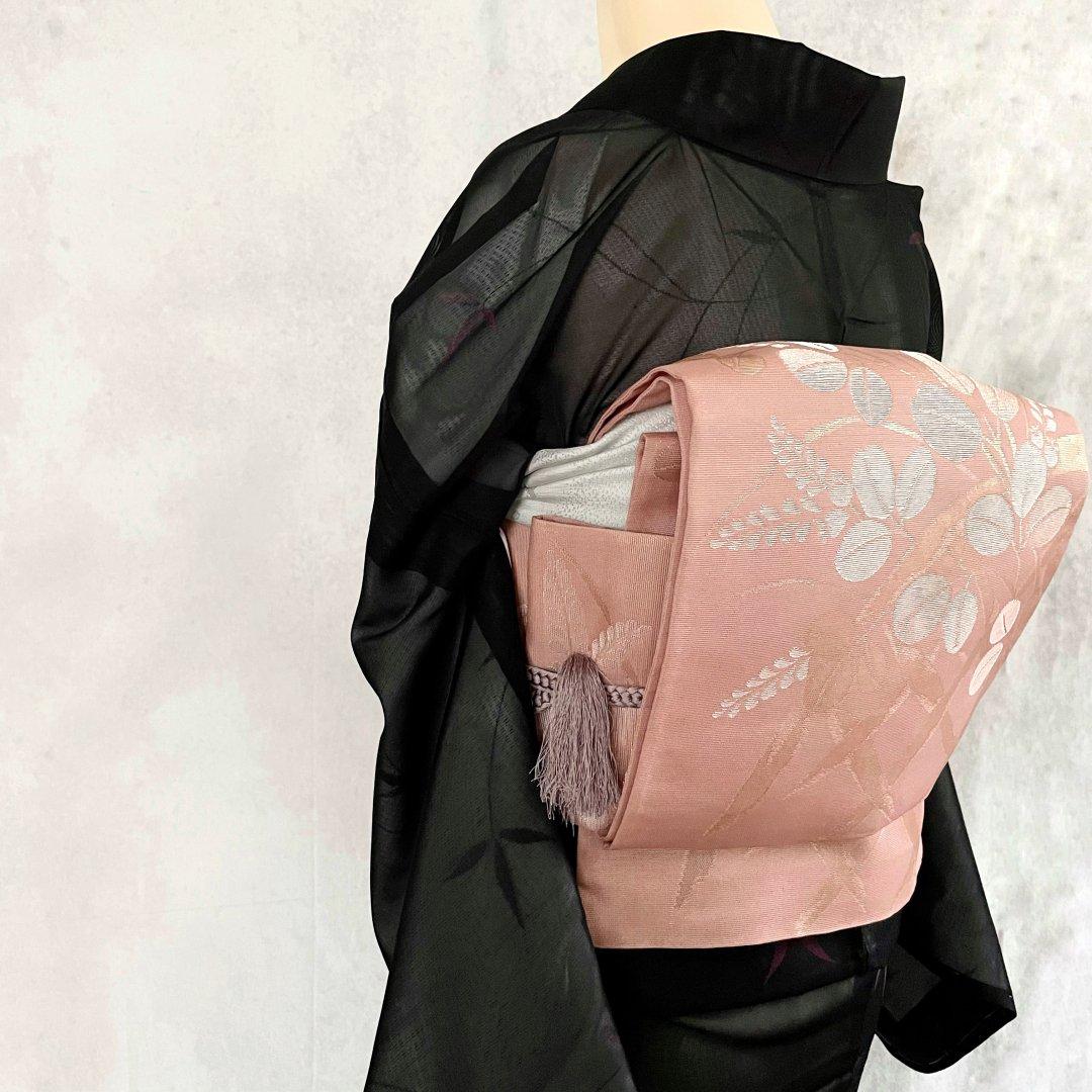 紗・ピンクに萩模様の織り出し袋帯