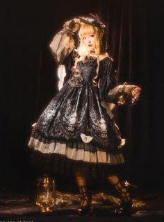 ロリータ ワンピース ドレス 通年 春夏 クラシカル クラロリ 姫ロリ ブラック 花柄 フラワー ミディアム 長袖 ボリューム袖 ふんわり フレア 人気 トレンド 大きいサイズ Lolita ゴスロリ