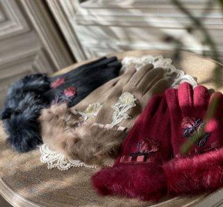 Sweetdreamer ロリータ ローズ 刺繍 あったか 手袋 2色 手袋 秋冬 かわいい ファー フェイクファー 刺しゅう 薔薇 バラ お花 モチーフ かわいい レディライク 上品 エレガント