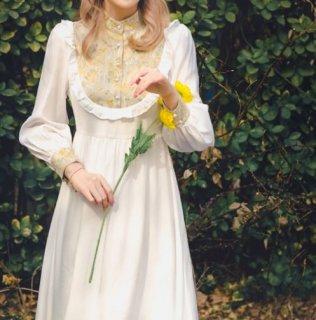 ドレスワンピース ホワイト 花柄 切り替え フラワー フリル ロング フレア エレガント 上品 フェミニン 大きいサイズ サイズ豊富 おしゃれ パーティ デート おでかけ お呼ばれ セミロリ