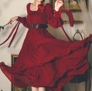 ドレスワンピース 秋冬 クリスマス ロング ワイン 長袖 パフスリーブ スクエアネック ドール お嬢様 ロング フレア エレガント 上品 パーティ 結婚式 ウエディング 二次会 お呼ばれ 無地 フリル