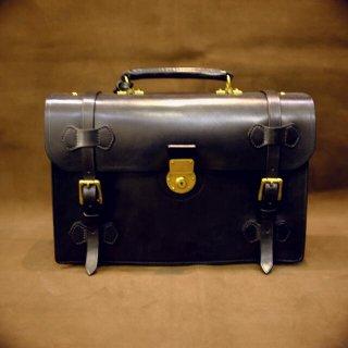 形状から探す イングリッシュブライドルレザーバッグ ショルダーベルト付き ブラック
