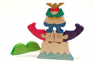 小黒三郎 組み木の五月人形 富士山の上の兜童子 KK234