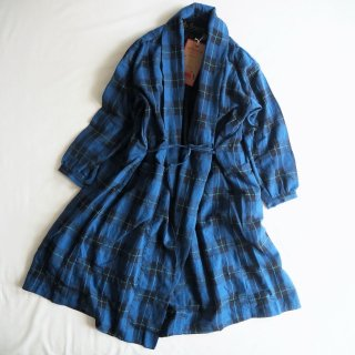 【WINTER SALE 30%OFF】AU GARCONS オーギャルソン レディース SHAWL COLLAR CHECK COAT ガウンコート ANNA / BLUE PLAID<img class='new_mark_img2' src='https://img.shop-pro.jp/img/new/icons22.gif' style='border:none;display:inline;margin:0px;padding:0px;width:auto;' />