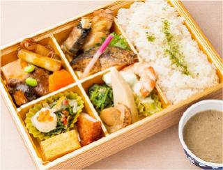 自然薯麦とろ膳(和牛すき焼き)
