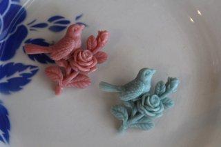 Acorn & Will 【鳥 お花付き】ブローチ
