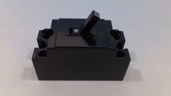配線用遮断器 (100V 2極1素子)(ノーヒューズブレーカ)2P1E
