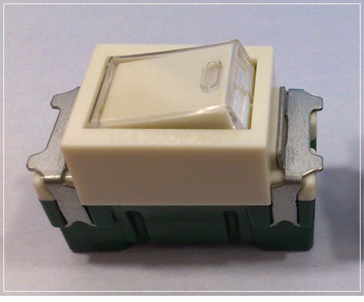 埋込連用タンブラスイッチ(位置表示灯内臓)スイッチB(片切)