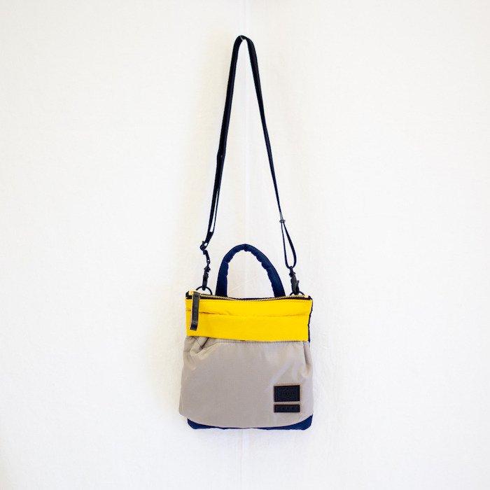 <img class='new_mark_img1' src='https://img.shop-pro.jp/img/new/icons29.gif' style='border:none;display:inline;margin:0px;padding:0px;width:auto;' />Mini Helmet Bag (#16)