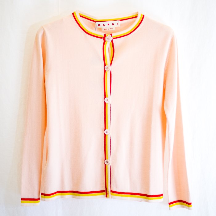 <img class='new_mark_img1' src='https://img.shop-pro.jp/img/new/icons5.gif' style='border:none;display:inline;margin:0px;padding:0px;width:auto;' />Piping Cardigan