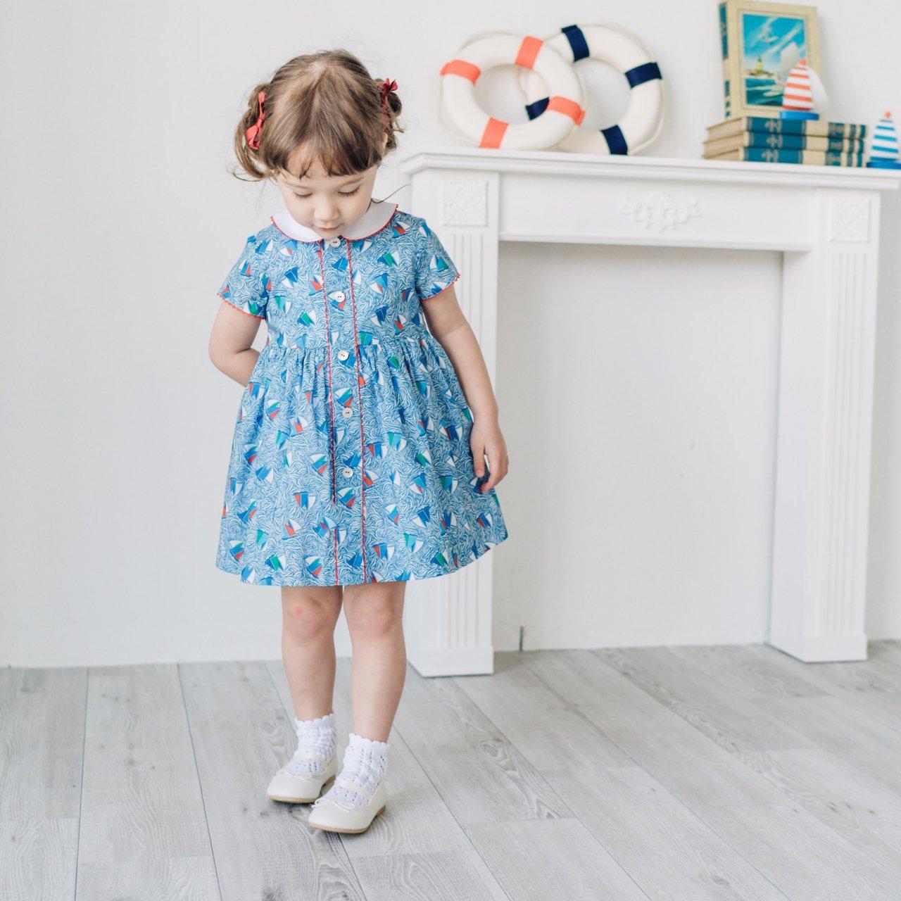 <img class='new_mark_img1' src='https://img.shop-pro.jp/img/new/icons14.gif' style='border:none;display:inline;margin:0px;padding:0px;width:auto;' />Amaia Kids - Carole dress (Liberty)